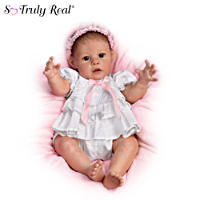 \'Hugs From Hailey\' Interactive Baby Doll