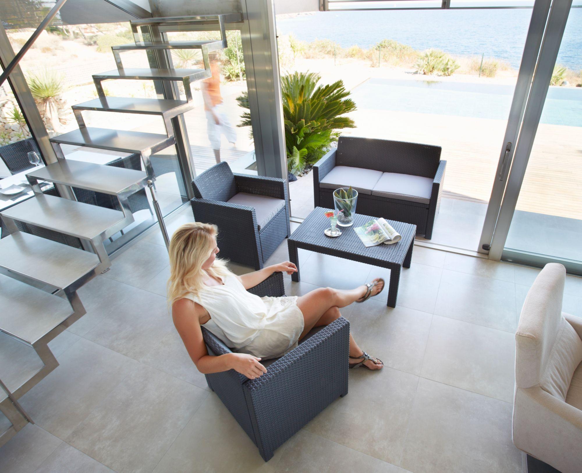 8-tgl. Loungeset »Merano«,2er-Sofa, 2 Sessel, Tisch 91x48,5 cm, Kunststoff, anthrazit