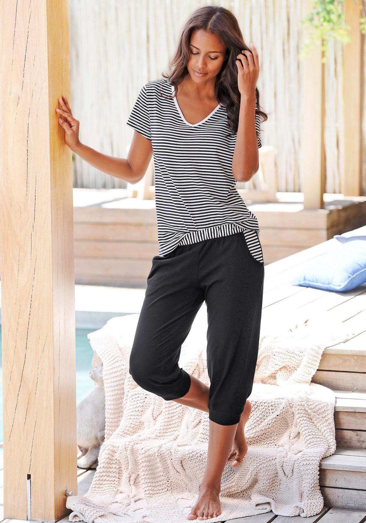 HIS H.I.S Capri-Pyjama mit geringeltem T-Shirt und legerer Hose