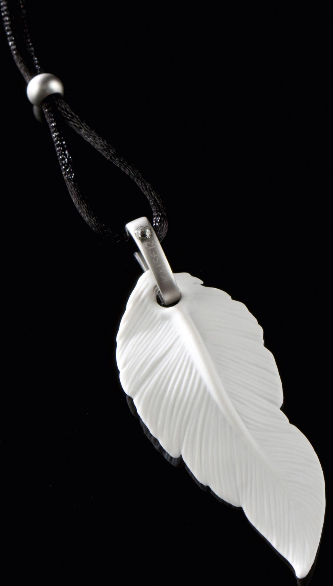 GOEBEL Goebel Kette mit Anhänger mit Swarovski® Kristall, »Feder, 14003551«