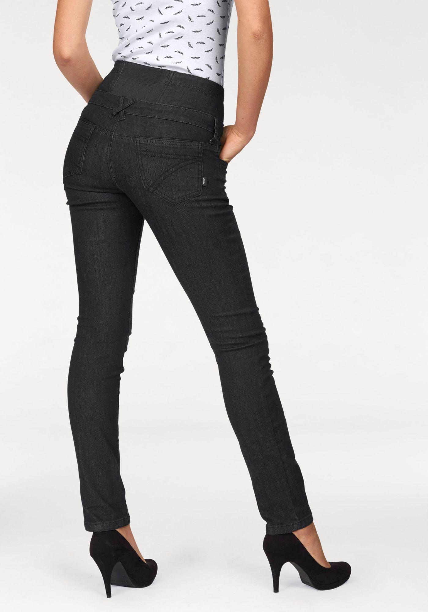 ARIZONA Arizona Comfort-fit-Jeans »mit elastischem Einsatz im Bund und sichtbarem Knopfverschluß«