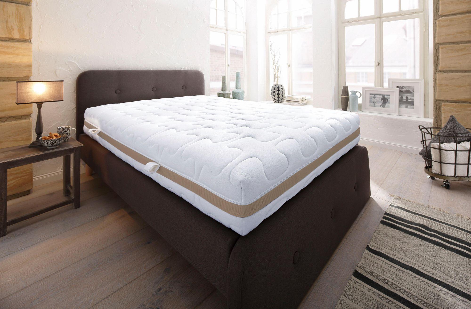 BECO Komfortschaummatratze, »Platin«, BeCo, 25 cm hoch, Raumgewicht: 40, dauerhaft formstabil und atmungsaktiv