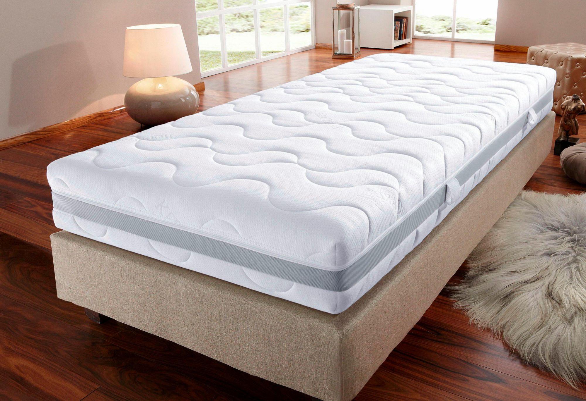 BECO Komfortschaummatratze, »Sanicare«, BeCo, Raumgewicht: 28, in 2 Höhen, Top-Hygiene und Allergie-Schutz in 2 Komfortklassen zur Wahl
