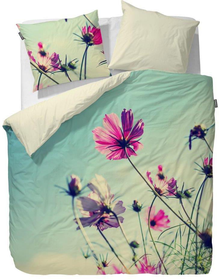 ESSENZA Wendebettwäsche, Essenza, »Lea«, mit großen Blüten-Motiven