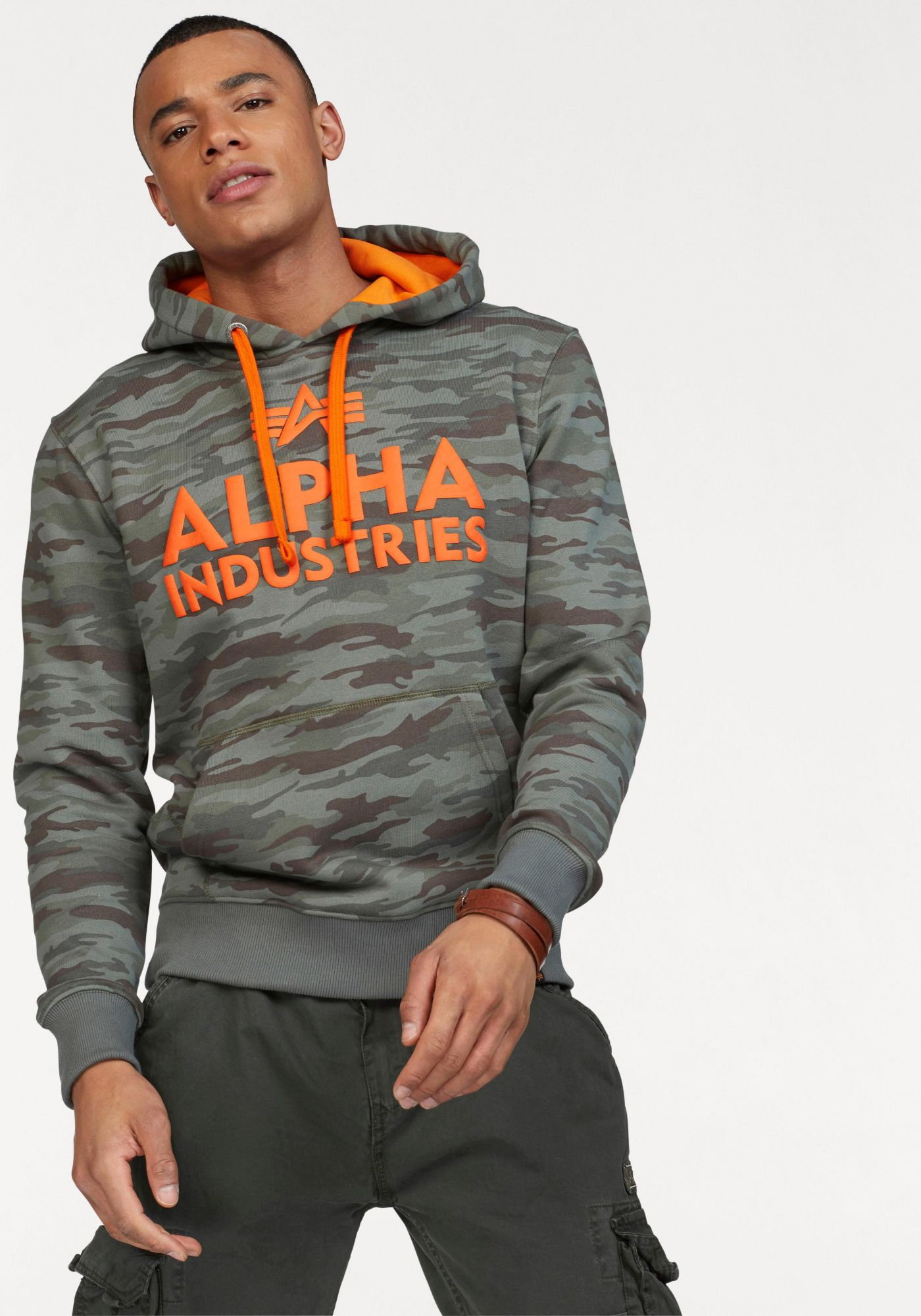 ALPHA INDUSTRIES Alpha Industries Kapuzensweatshirt »Foam Print Hoody«