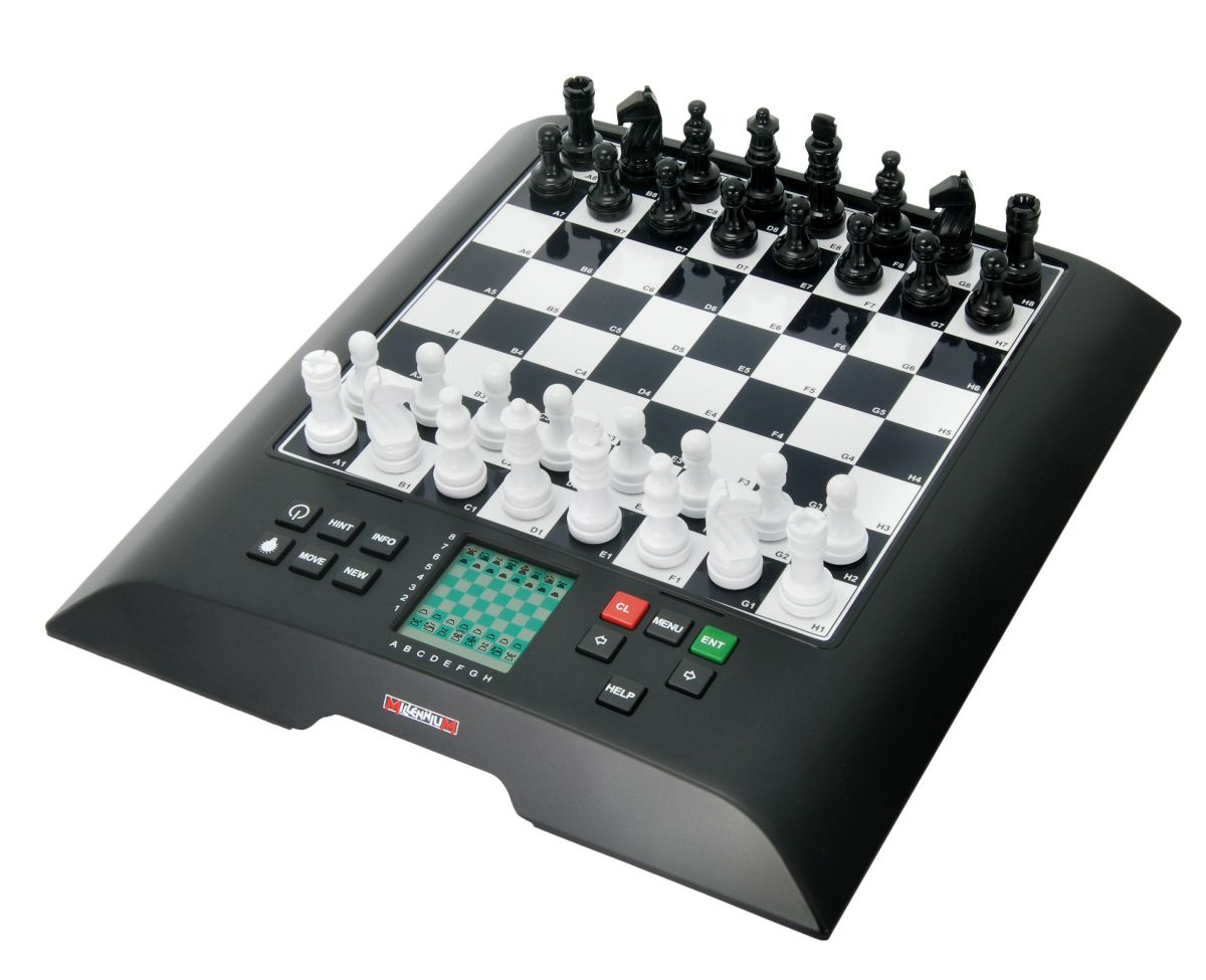 Millennium Schachcomputer »ChessGenius«