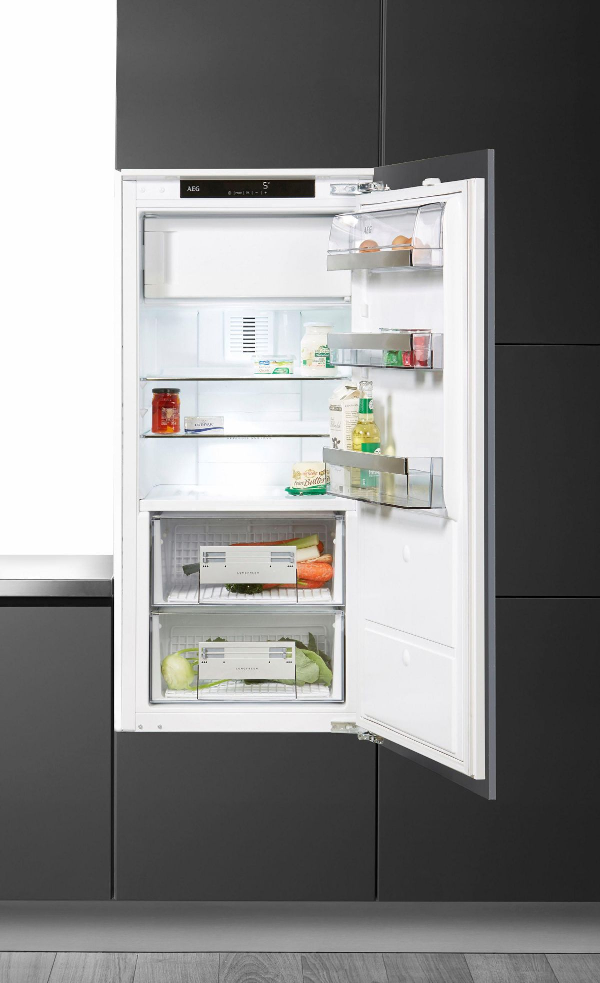 AEG integrierbarer Einbau-Kühlschrank SANTO SFE...