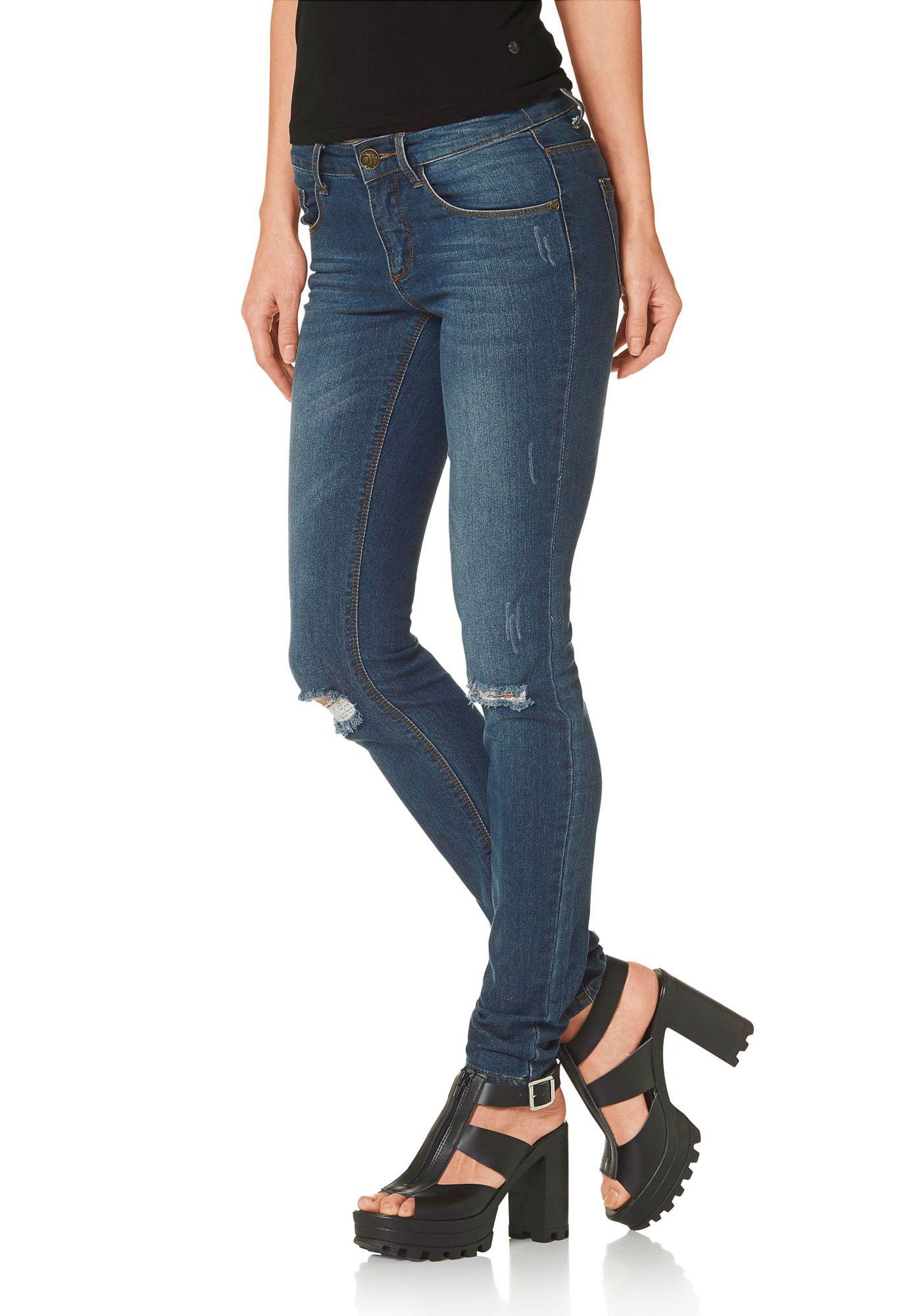 destroyed jeans im schwab online shop damen jeans. Black Bedroom Furniture Sets. Home Design Ideas