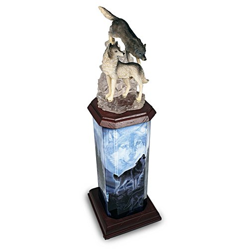 Das Wolfsrudel — Turmskulptur