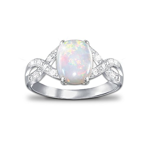 Women's Fashion Opal Ring With 12 Diamonds
