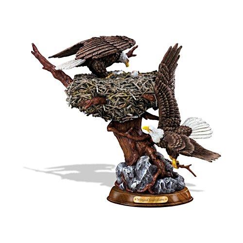 Geflügelte Wächter – Adlerskulptur