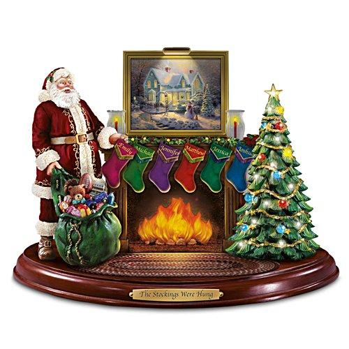 Die Weihnachtsstrümpfe hängen – Weihnachtsmann-Figur