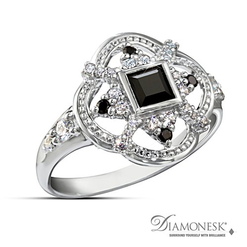 'Queen Elizabeth I' Diamonesk® Ring