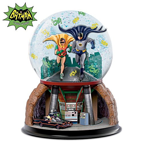BATMAN TO THE BATMOBILE Rotating Musical Glitter Globe