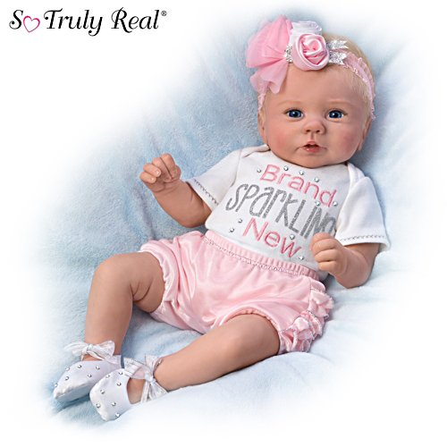 La neonata Kaylie è tutta un luccichio