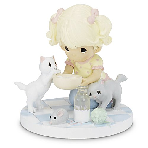 Precious Moments Figurine My Heart is Covered in Pawprints