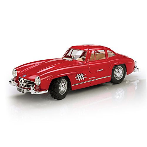 1:18-Scale 1954 Mercedes 300SL Gullwing Replica