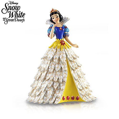 Disney Snow White 'Poinsettia Princess' Figurine