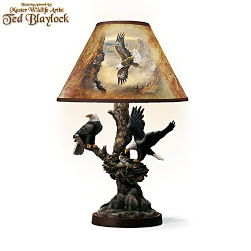 'Treetop Majesty' Eagle Lamp