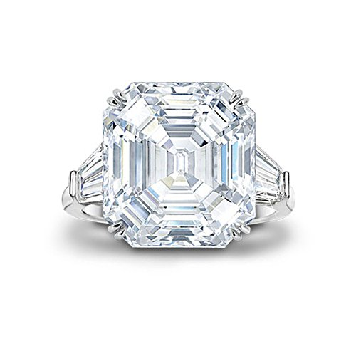 'Hollywood Royalty' Diamonesk® Ring