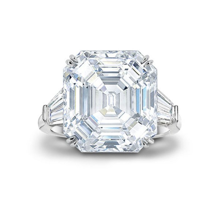 c2d18ff45f51c 'Hollywood Royalty' Diamonesk® Ring