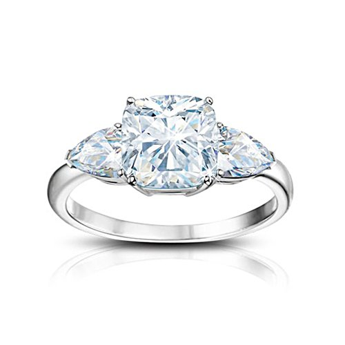 'Royal Legacy' 6-Carat Diamonesk® Ring