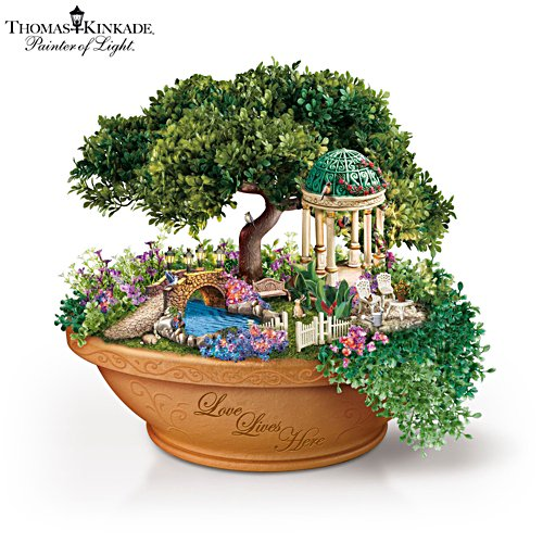 Thomas Kinkade 'Love Lives Here' Table Centrepiece