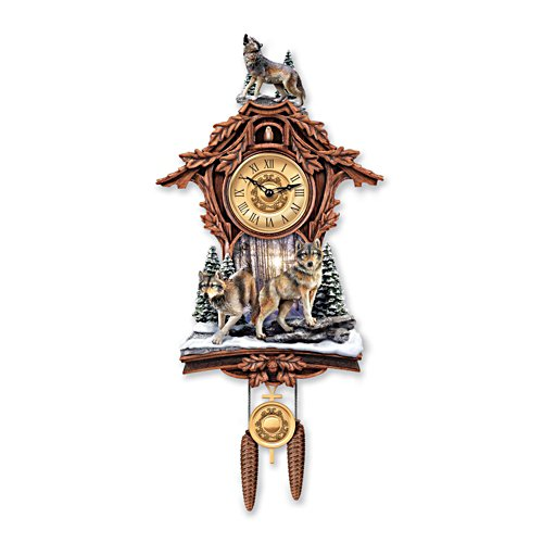 'Silent Encounter' Wolf Cuckoo Clock