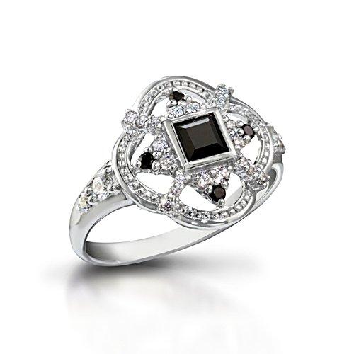 'Queen Elizabeth I' Diamonesk® Ring