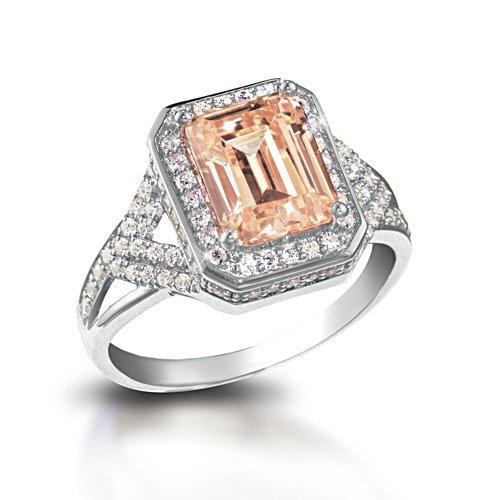 'Elizabeth, The Queen Mother' Diamonesk® Ring