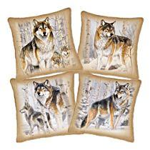 Al Agnew 'Woodland Majesty' Four-Piece Wolf Pillow Set