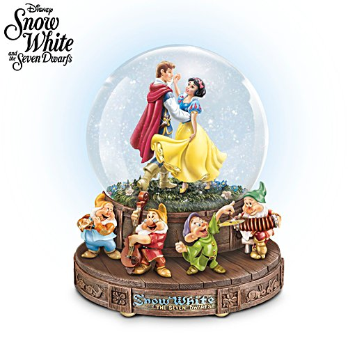 Disney Snow White And The Seven Dwarfs Glitter Globe