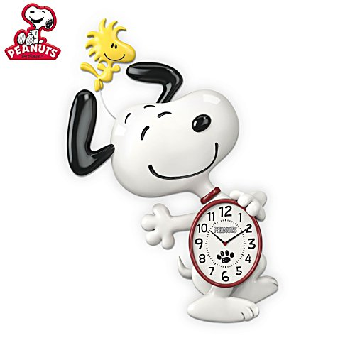 PEANUTS™ Snoopy Motion Wall Clock