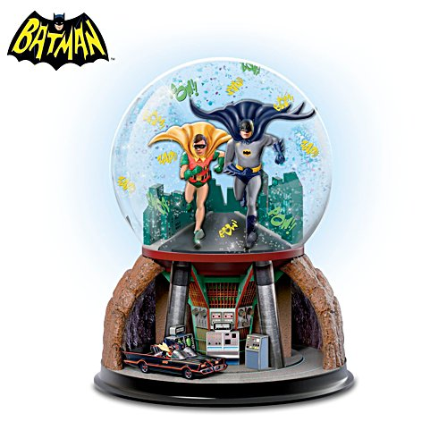 Batman 'TO THE BATMOBILE™' Rotating Musical Glitter Globe