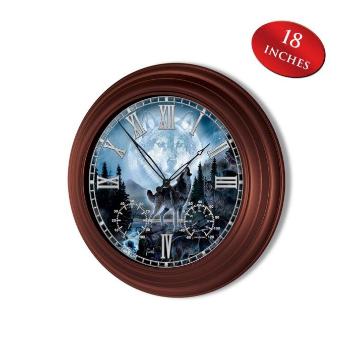 'Majestic Presence' Wolf Wall Clock