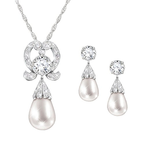 'Royal Lover's Knot' Simulated Pearl Pendant & Earrings Set