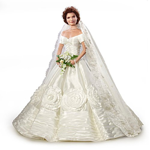 Jacqueline Kennedy Commemorative Bride Doll
