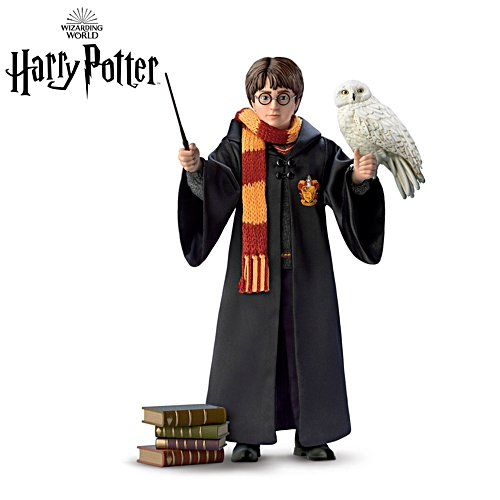 HARRY POTTER™ 'Ultimate Year One' Portrait Figure