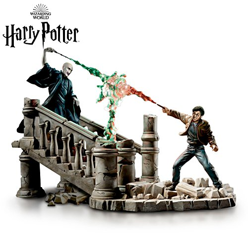 HARRY POTTER™ 'Battle Of HOGWARTS™' Sculpture