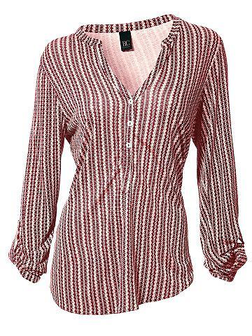 Блузка-футболка с закругленный кромка