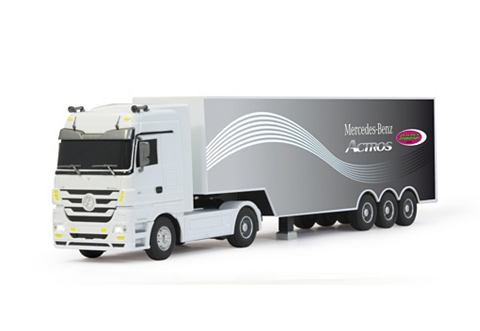 "RC-Auto ""Mercedes Actros"""