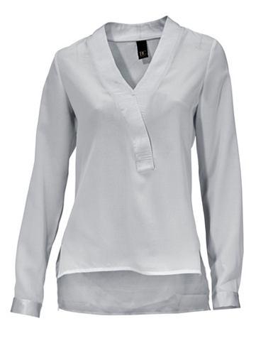 Блузка на выпуск легко прозрачная
