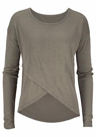 Пуловер с с ложным запахом