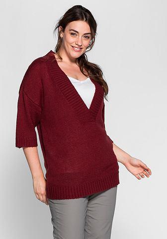 Пуловер в объемный форма