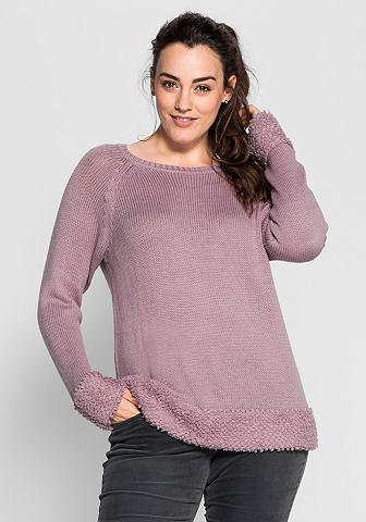 Пуловер с Schlaufenstrick-Details