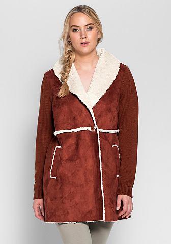 Пальто короткое в сочетание материалов...