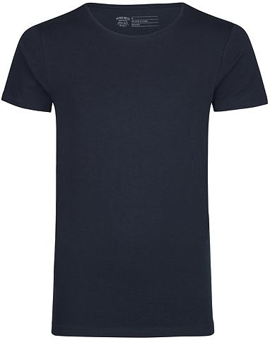 2 штуки футболки