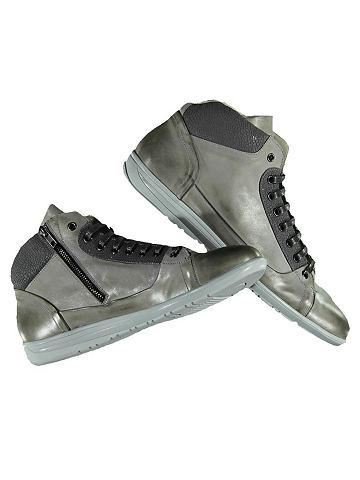 Модный High-Sneaker