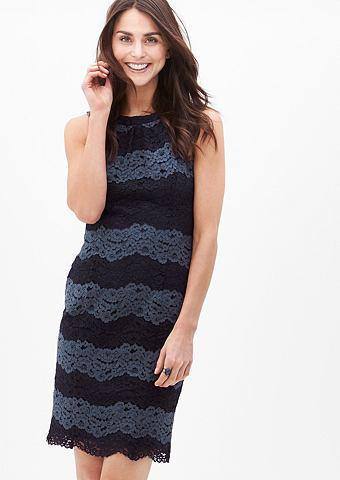 Подчеркивая форму кружевное платье