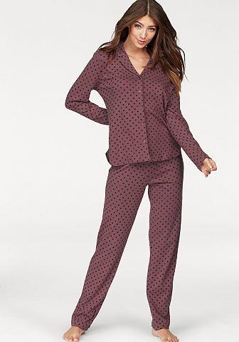 Пижама в классический форма с воротник...
